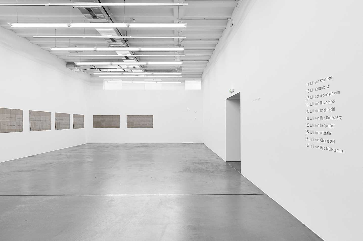 Helen Mirra – gehend, Exhibition view Museum Haus Konstruktiv, 2012, Photo: Stefan Altenburger