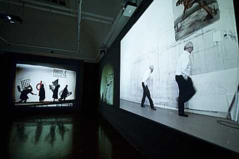«I am not me, the horse is not mine», Installationsansicht, 2008, Courtesy William Kentridge und Goodman Gallery